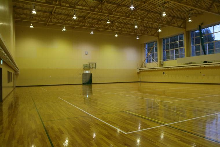 油谷体育館