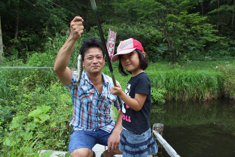 大自然の中で思い切り楽しむ、釣りと料理