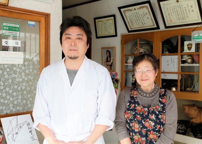 阿部鶴子さん息子の真久さん